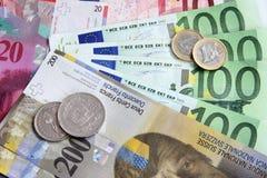 Franco suíço contra o euro Fotos de Stock Royalty Free