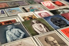 Francobolli con l'immagine di Lenin immagini stock