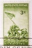 Francobollo annullato degli Stati Uniti dell'annata 1945 Iwo Jima Fotografia Stock