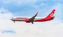 FRANCOFORTE, ALEMANHA: 23 DE JUNHO DE 2017: Airbus A320 Air Berlin era Ger Fotos de Stock Royalty Free