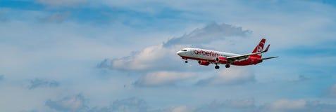 FRANCOFORTE, ALEMANHA: 23 DE JUNHO DE 2017: Airbus A320 Air Berlin era Ger Fotos de Stock