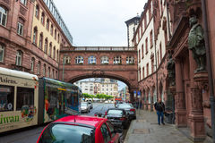 Francoforte, Germania - 15 giugno 2016: Ratskeller - come architettura tipica in vecchia città Fotografie Stock