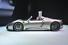 FRANCOFORTE - SEPT 14: Porsche 918 Spyder apresentado como o premi do mundo Imagem de Stock Royalty Free