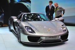 FRANCOFORTE - SEPT 14: Porsche 918 Spyder apresentado como o premi do mundo Fotografia de Stock Royalty Free