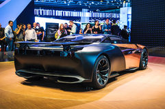 FRANCOFORTE - SEPT 21: Supercarro híbrido do ônix de Peugeot (conceptcar) fotografia de stock royalty free