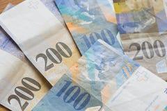 Francos suizos de altas denominaciones Imagen de archivo libre de regalías