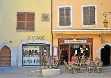 Francuska cukierniana restauracja w centrum miasta Annecy Zdjęcie Stock