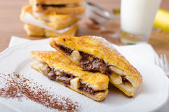 Francuska grzanka faszerująca z czekoladą i bananem Obrazy Stock