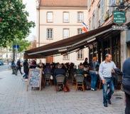Francuska kawiarnia baru brasserie restauracja Obraz Royalty Free