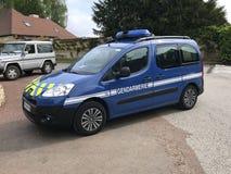 Francuska Krajowa żandarmeria lub samochód policyjny, Peugeot partner zdjęcia stock