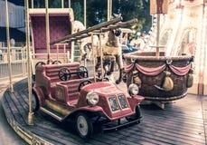 Francuski carousel w wakacyjnym parku Fotografia Stock