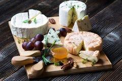 Francuski serowy półmisek Zdjęcie Royalty Free