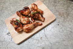 Frango frito com alho e pimentões Imagem de Stock Royalty Free
