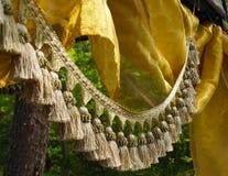 Franja y seda de la borla en el bosque Fotos de archivo