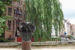 Frank Van Acker-Monument in Brügge Stockfotografie