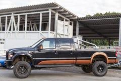 Franken, Duitsland, 21 Juni 2015: Ford-auto die zich op uitstekende autovergadering bevinden in Franken Royalty-vrije Stock Fotografie