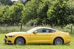 Franken, Duitsland, 18 Juni 2016: Zijaanzicht van Ford Mustang vint Royalty-vrije Stock Foto's