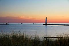 Frankfort Michigan latarnia morska przy zmierzchem obraz royalty free