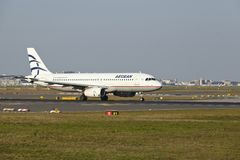 Frankfurt Airport - Airbus A320 of Aegean Airlines takes off Stock Photos