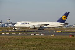 Frankfurt Airport - Airbus A380-800 of Lufthansa takes off Royalty Free Stock Photos