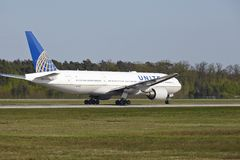 Frankfurt Airport - Boeing 777 of United Airlines takes off Royalty Free Stock Photo