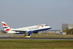 Frankfurt Airport - Embraer 170 of British Airways takes off Stock Photos
