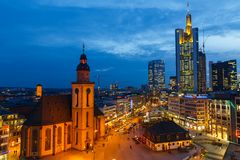Frankfurt bij nacht Royalty-vrije Stock Foto