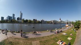 Frankfurt bulwar Główny panoramiczny widok obrazy stock