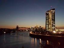 Frankfurt f.m. Abend Arkivfoto