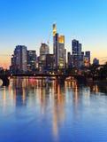 Frankfurt - f.m. - huvudsaklig horisont Arkivfoto