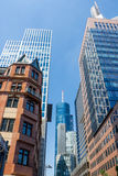 Frankfurt - f.m. - huvudsaklig Tyskland - huvudsakligt tornhöghus Arkivbilder