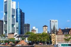 Frankfurt - f.m. - strömförsörjning, Hessen, Tyskland Arkivfoto