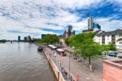 Frankfurt - f.m. - strömförsörjning, Tyskland Arkivbilder