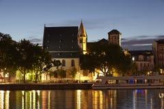 Frankfurt (Germany) - St. Leonhard´s Church in the evening Stock Photography