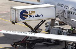 Frankfurt Hesse, Germany,/- 25 06 18: lsg nieba szefów kuchni zbiornika samochód przy Frankfurt lotniskiem Germany Obraz Royalty Free