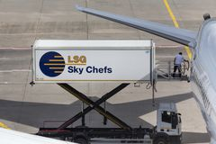 Frankfurt Hesse, Germany,/- 25 06 18: lsg nieba szefów kuchni zbiornika samochód przy Frankfurt lotniskiem Germany Zdjęcie Stock
