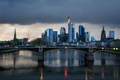 Frankfurt horisont, Tyskland Royaltyfria Bilder