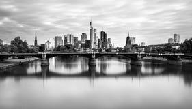 Frankfurt horisontTyskland arkivfoto