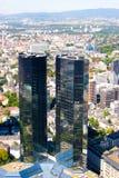 frankfurt huvudskyskrapasikt Arkivfoto