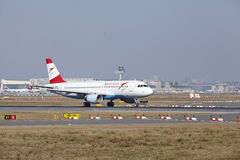 Frankfurt International Airport – Austrian Airlines Airbus A320 takes off Stock Photos