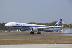 Frankfurt International Airport - Boeing 777 of All Nippon Airways lands Royalty Free Stock Photography