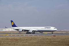 Frankfurt International Airport – Lufthansa Airbus A340 takes off Royalty Free Stock Image