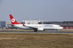 Frankfurt International Airport – Turkish Airlines Boeing 737 takes off Royalty Free Stock Photos