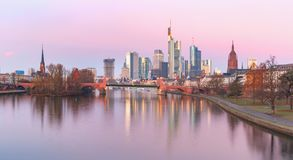 Frankfurt - Am - magistrala w ranku, Niemcy zdjęcie royalty free
