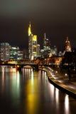 frankfurt natt arkivfoto