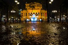 Frankfurt Niemcy, Grudzień, - 03: Alte Oper Stara opera w Frankfurt na Grudniu 03, 2017 w Frankfurt, Niemcy zdjęcia stock