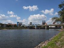 Frankfurt-Oderbruecke-Oderblick Arkivfoton