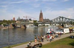 Frankfurt på strömförsörjningen arkivfoto