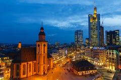 Frankfurt przy nocą Zdjęcie Royalty Free