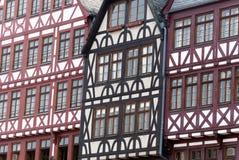 Frankfurt, Römer, helft-betimmerd huis Stock Afbeelding